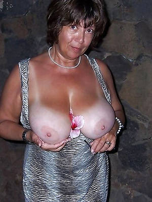 smashing women with big tits nude images
