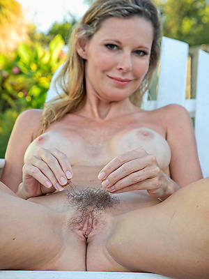 xxx free mature hairy cunt