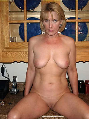 xxx grown-up mediocre milf nude photos