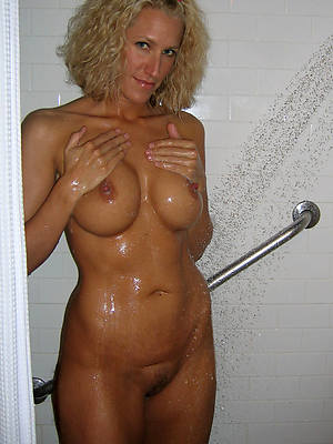 women in the shower porn pic download