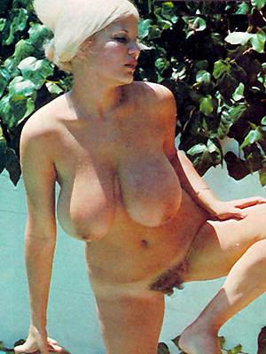 fruit mature women porn pics