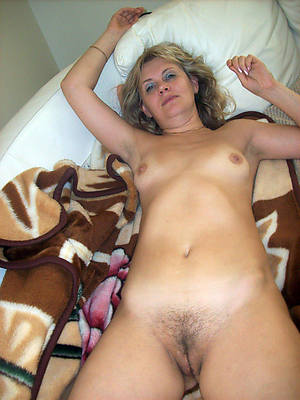 unshaved women dirty dealings pics