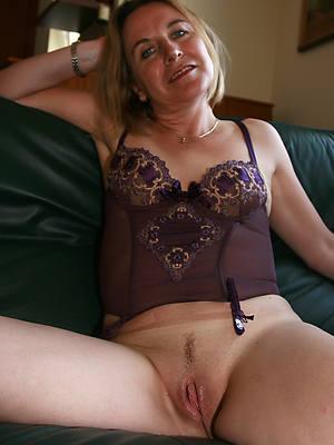 mature hairy vaginas love porn