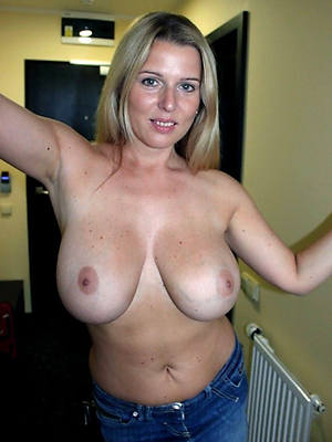 free pics of adult blond pussy
