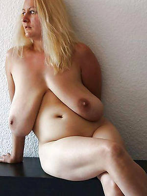 sexy hot mature saggy knocker porn pictures