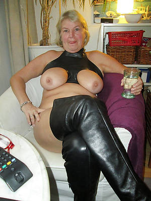 fantastic naked age-old full-grown women