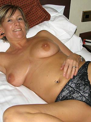 gorgeous mature pantie pics