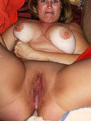 free pics of mature hairy creampie