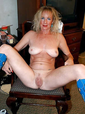 hairy mature cunts love porn