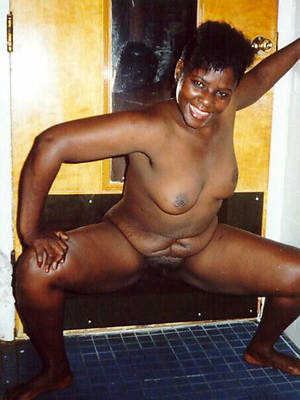 xxx free mature black battalion nude photos
