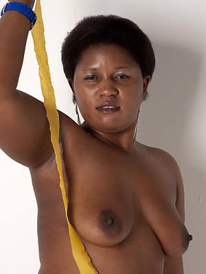 naked mature black moms