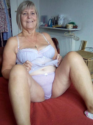 crazy nude sexy grannies pictures