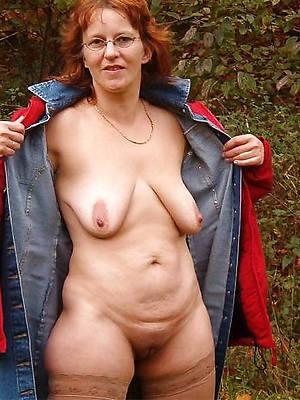 mature saggy breasts free porn