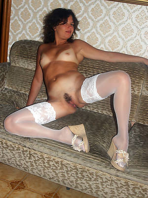 mature nylon pussy stripped