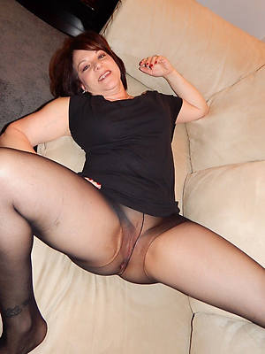 porn pics be expeditious for mature pussy in nylons