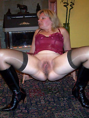 mature pussy helter-skelter nylons hd porn