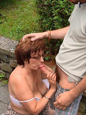 naught sexy mature blowjob nude pics