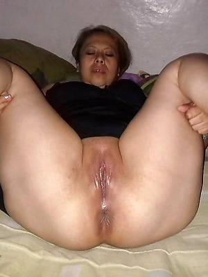 wonderful amateur mature latina nude photos