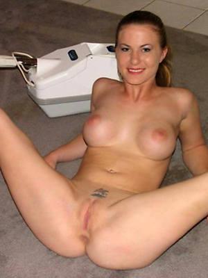 slutty mature milf relinquish 40 porn pictures
