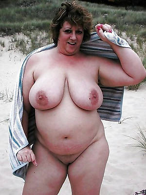 mature nude beach cunt lips