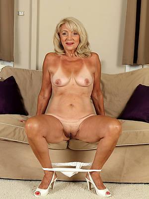 venerable lady boobs naked porn pics
