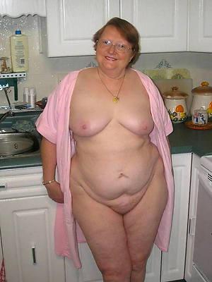 microscopic chubby mature mom nude photos