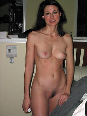 incomparable free mature pussy pics