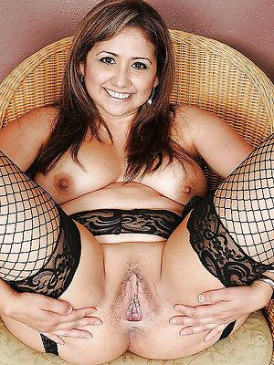 ugly mature latina tits pics