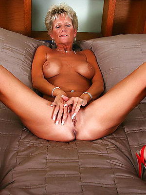 beautiful mature milf legs xxx