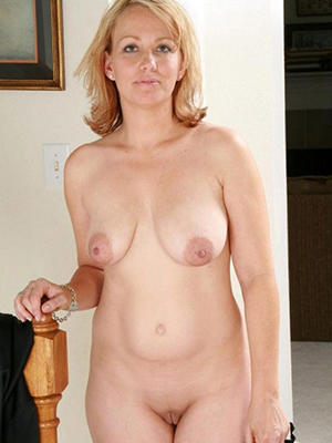 xxx mature blonde photos