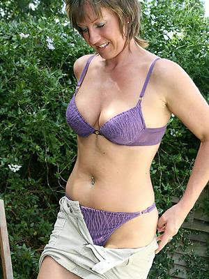 hotties free mature lingerie porn photos