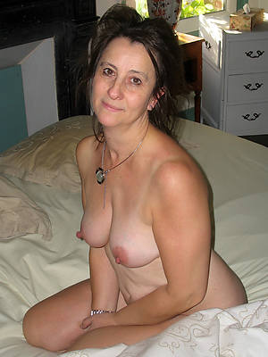 share your opinion. milf lesbian thresomes situation familiar me