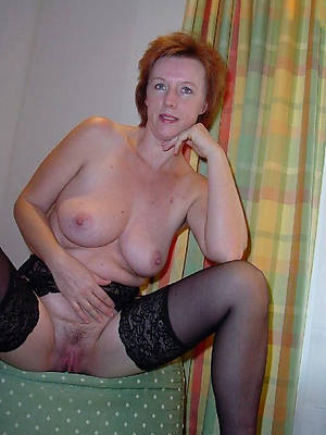 busty amatuer sexy mature solo pictures