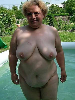 mature fat nude women