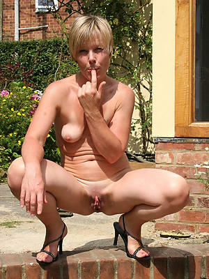 beautiful matures in assuming heels porn pictures