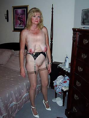 mature saggy hanging titties nude porn pics