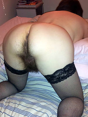 busty amatuer mature furry pussy