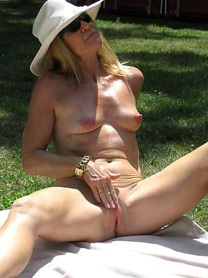 sexy hot of age women masterbating pics