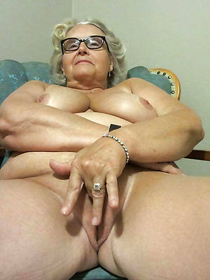 go bust granny nude pictures