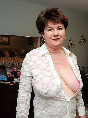 perfect body mature older women pics