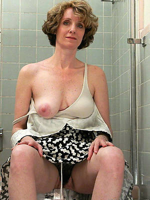 Erotik matura Granny Flash