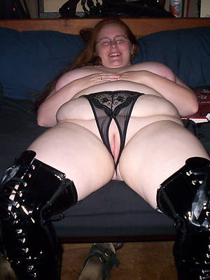 porn pics of mature chubby boobs