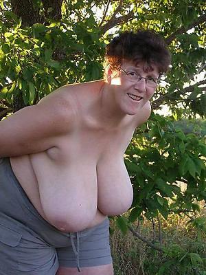 hotties mature big boobs homemade pics