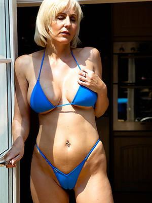 xxx mature column in bikini pictures