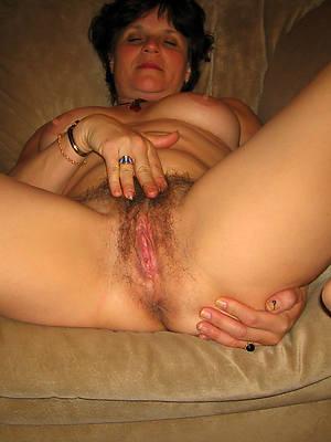 unshaved mature women titties nude