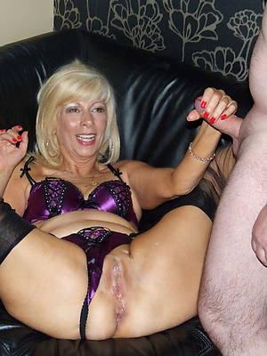 xxx mature wife handjob porn pics