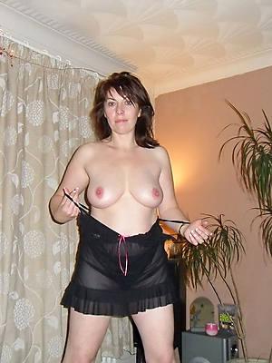 lickerish european mature posing nude