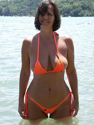 perfect mature woman in bikinis porn pics