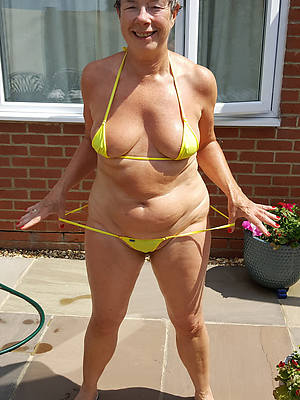 X-rated hot matures in bikinis amateur pics