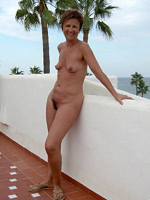 real mature thick limbs nude pics